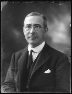 Ernest John Pickstone Benn.jpg